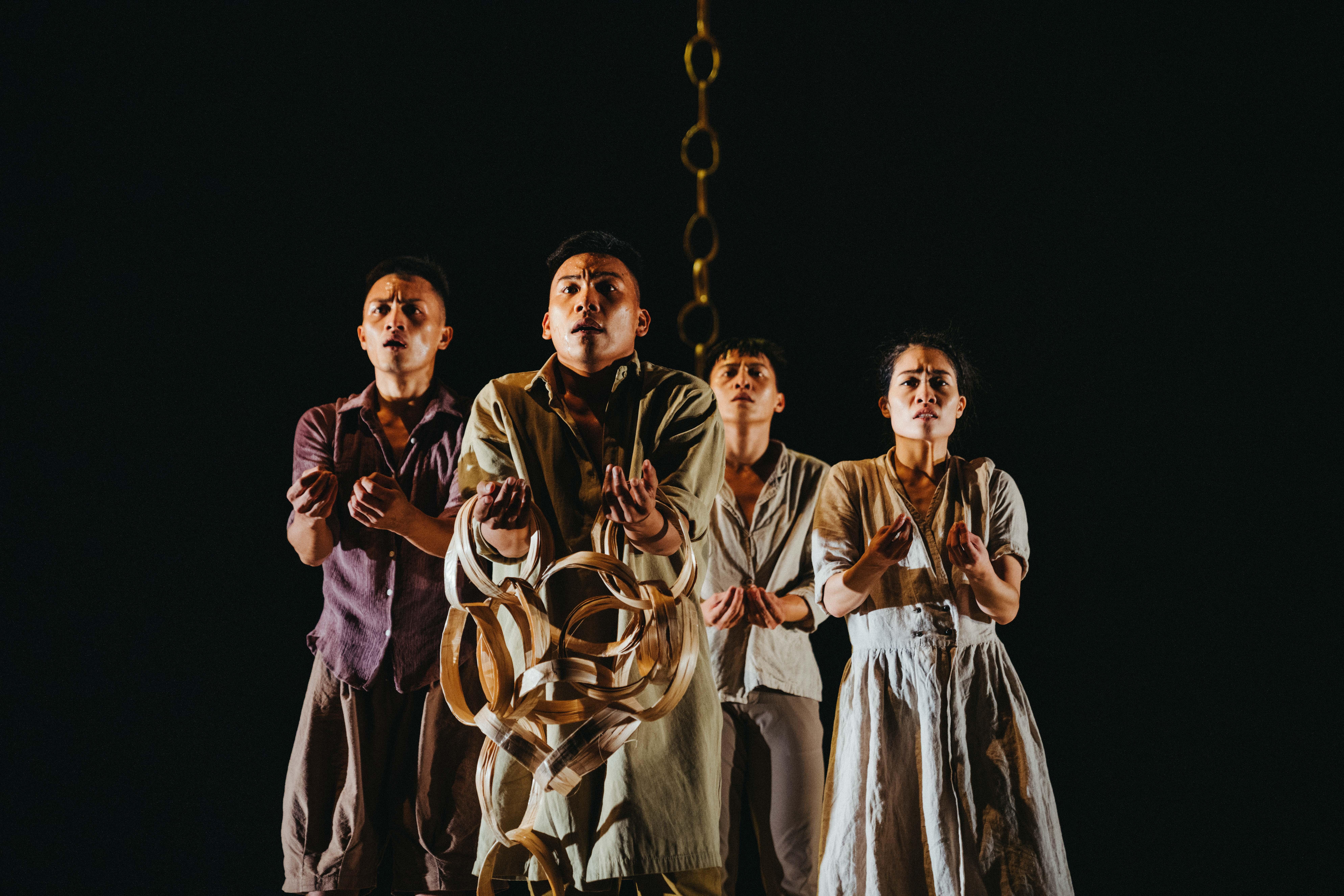 (開新視窗)連至 蒂摩爾古薪舞集〈蒂摩爾當代肢體解碼〉劇照 完整照片